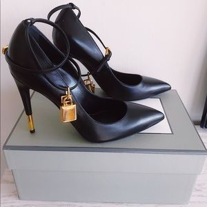 BRAND NEW, NEVER WORN!!! Tom Ford Padlock pump